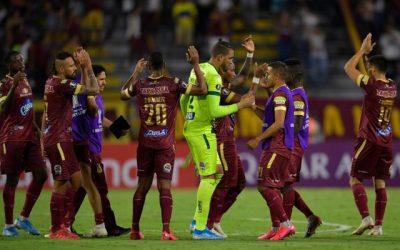 El Ministro del Deporte, anunció  el inicio del fútbol colombiano en agosto