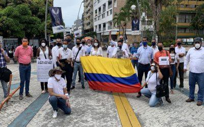 Abogados litigantes en Ibagué y Colombia, no aguantan más y realizaron plantón